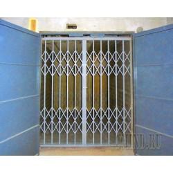 Грузовой лифт в бетонной шахте CMInd-K3-3000-2000x2500x2200