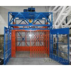 Грузовой подъемник для склада CMInd-K4-3000-2900x1950x2000