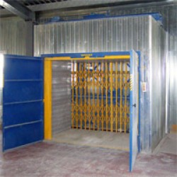Грузовой шахтный подъемник CMInd-К3-2500-2500х1500х2200