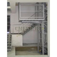 Грузовой мачтовый подъемник CMInd-П2-500-1500x2000