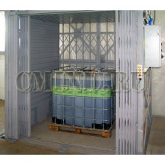 Тяжелый грузовой лифт CMInd-K3-2500-2000х1650х2200.