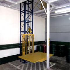 Мачтовый грузовой подъемник CMInd-П2-250-1200х1800